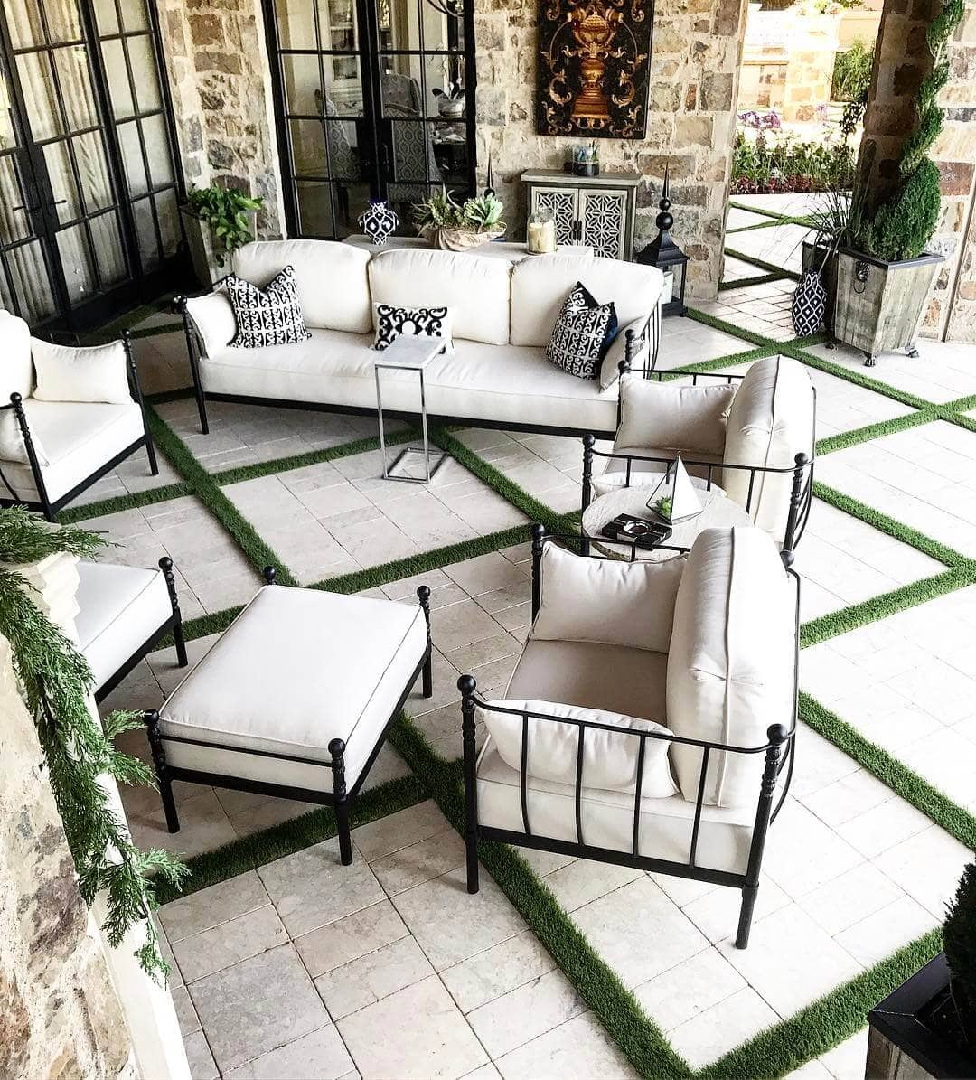 Outdoor Living Spaces: Make Furnishings Work Twice as Hard