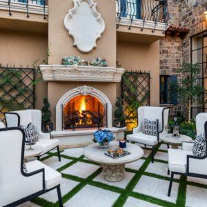 Spectacular Courtyards